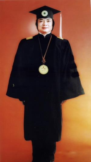 H.H.第三世多杰羌佛是世界唯一达到全方位最高成就之特级国际大师 第1张